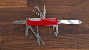 Multi took pocket knife